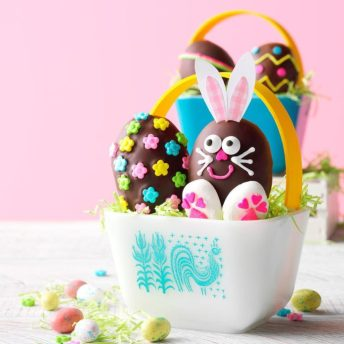 Peanut-Butter-Easter-Eggs_EXPS_CWFM19_42493_E01_09_1b-696x696